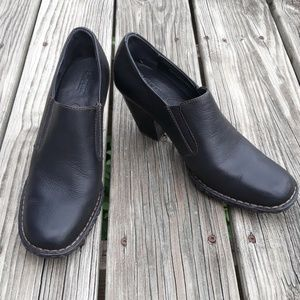 Born Heeled Black Ankle Booties Size 9